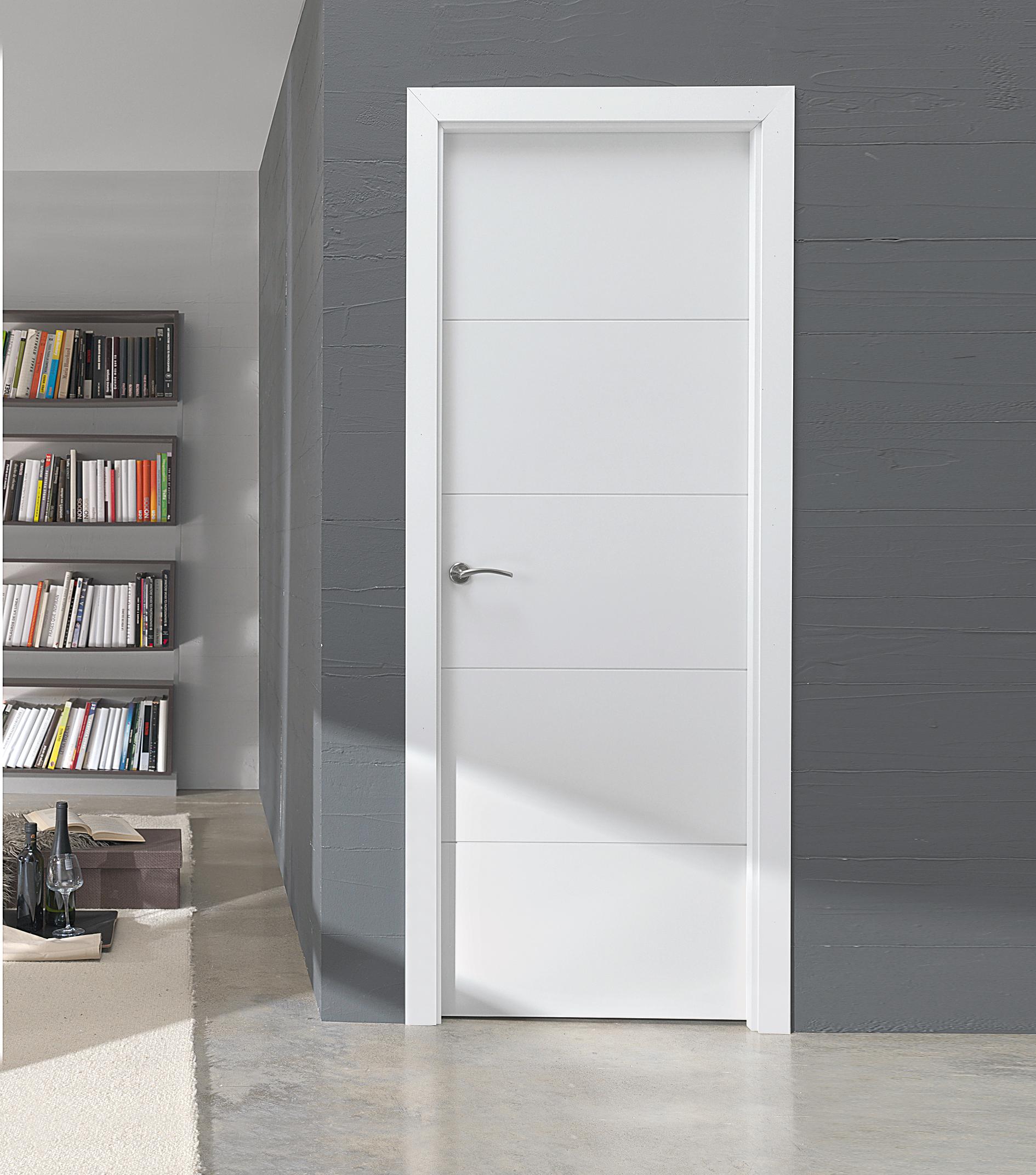 Puertas lacadas reformas en salamanca for Puertas para casa interior